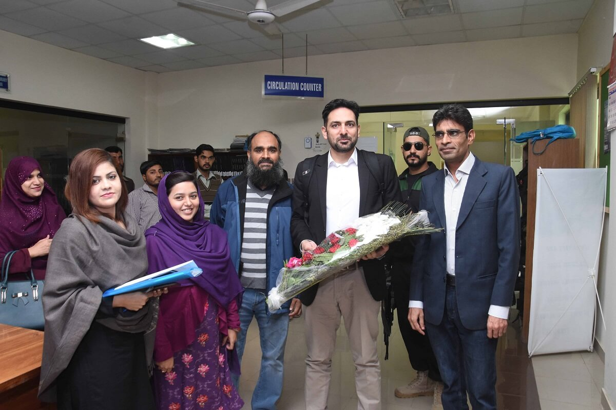 Dr. Hasnain Bokhari's Visit to UO - Day 01